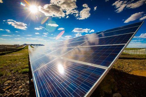 Competitividad de la energía fotovoltaica y sus modelos de negocio en la Casa Encendida