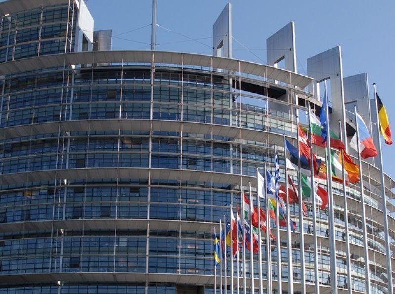 Paquete de medidas para impulsar el coche eléctrico en Europa